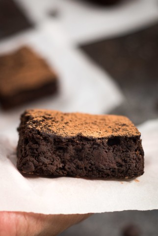 Dark-Chocolate-Black-Bean-Brownies-3-700x1048
